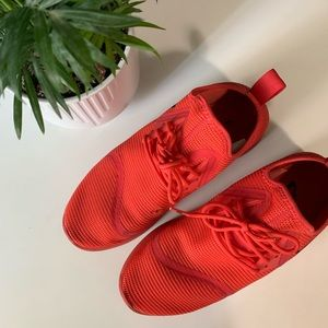 Nike Shoes - NIKE SIZE 9.5 RED SNEAKERS